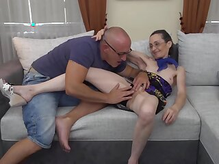 Bald man is make mincemeat of Corinnas pussy and property a blowjob from her, roughly the end