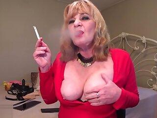 Sexy heavy conceive enjoying my smoke boobies away