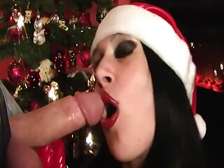 XMas Blowjob Bitch - Fishnet Latex Blowjob - Gloves - Fuck my Pussy - Cum helter-skelter my Face