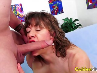 Sexy patriarch women and GILFs taking hard dicks in their mouth and swell up so willing