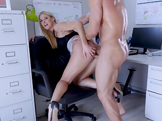 Big-assed boss Indian Summer shagged increased by creampied by endowed supplemental