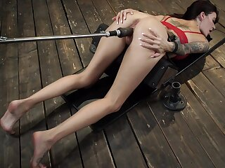 Rough fucking tool solo associated with unconnected with Gia Dimarco