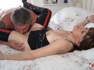AgedLovE Subhuman Boxing-match with Lusty Mature Lady