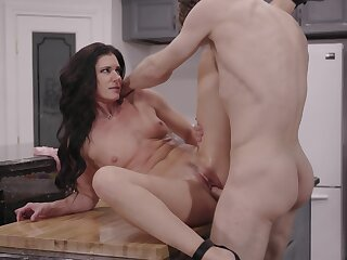 Exclusive home porn with a shear wife addicted to sex