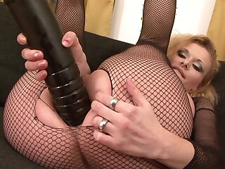 Mature in sexy fishnets, merciless interracial anal