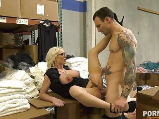 Busty American Milf Kenzie Taylor fucks client until messy facial attaining GP1442