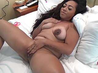 Fat unescorted amateur drops her clothes with the addition of fingers her wet pussy